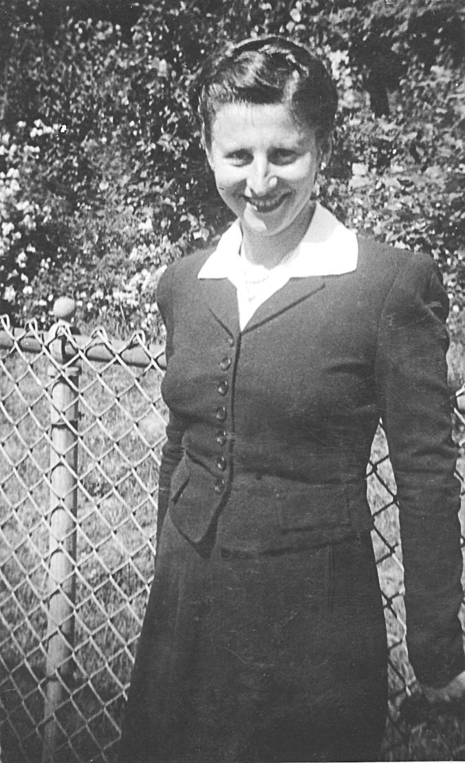 Mom-May1944