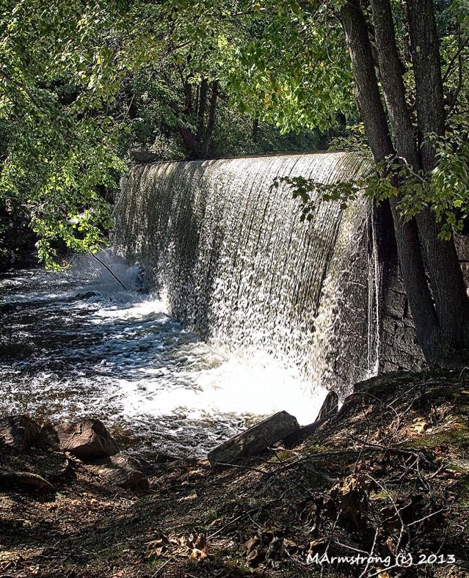 Manchaug Dam