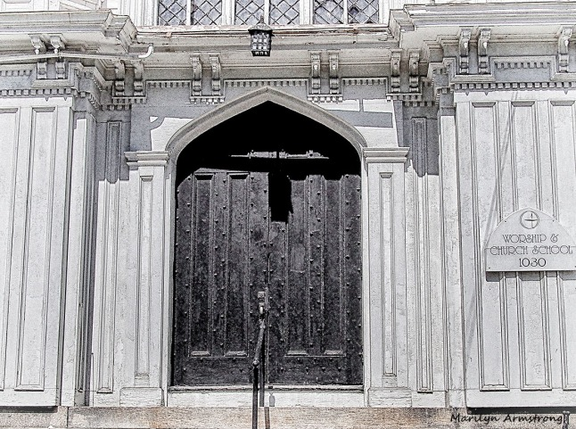 UU church door