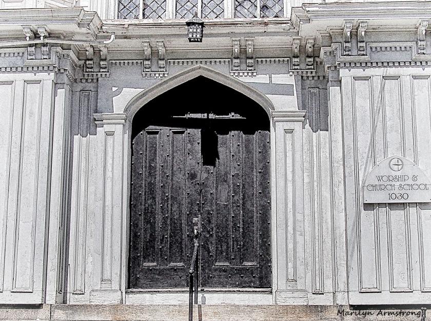 UU church door