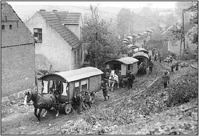 roma-gypsy-wagon-caravan