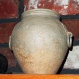 Very old Han pot, Han Dynasty (206 B.C.–220 A.D.)