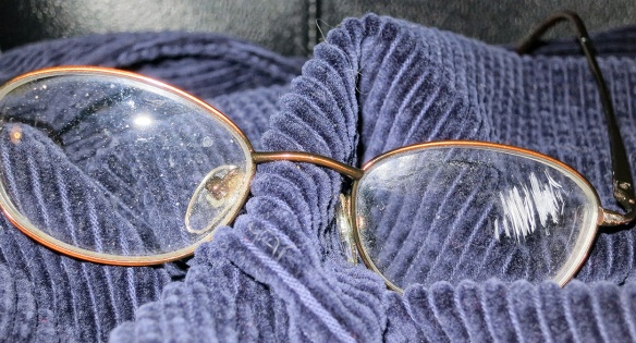 75-BuyNewGlasses-04