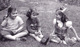 1953 - Three little girls