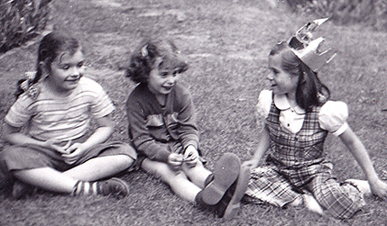 Mary (left), Marilyn (middle), Carol (right). I think we were about 6 or 7.