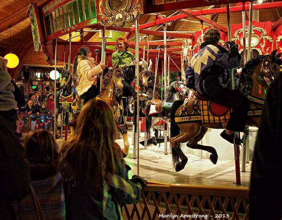 Free and easy carousel