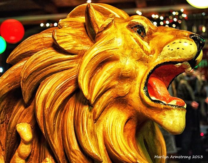 Carousel Lion 86