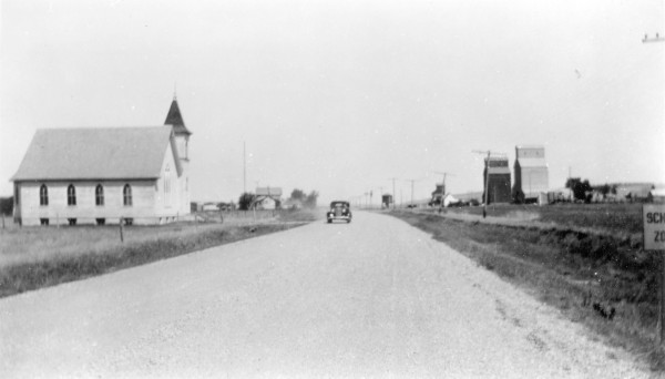 1930s Country-Road