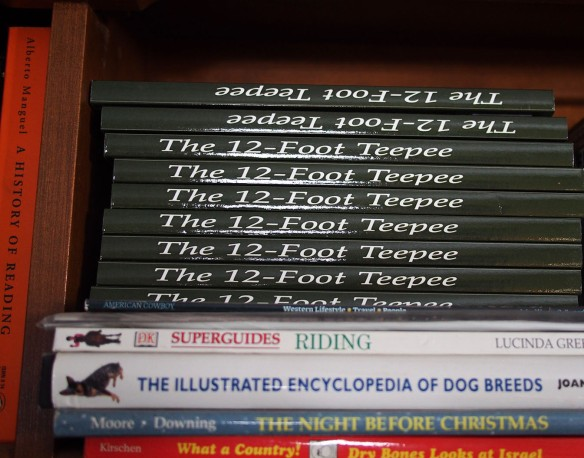 teepee book shelf
