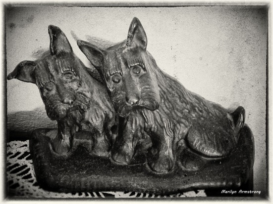 72-Antique-Scottie-Doorstop_03