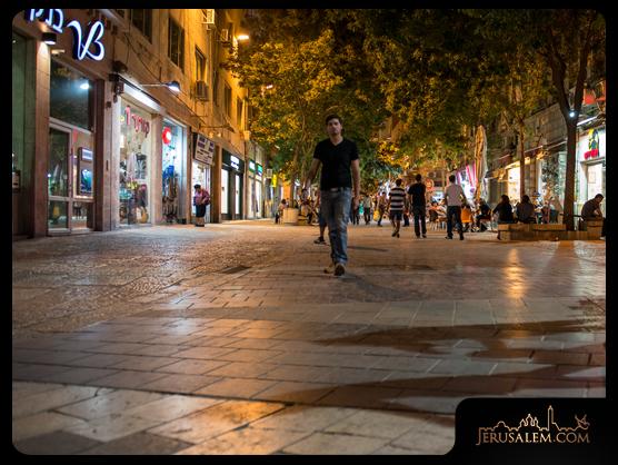 Jerusalem_ben_yehuda_street