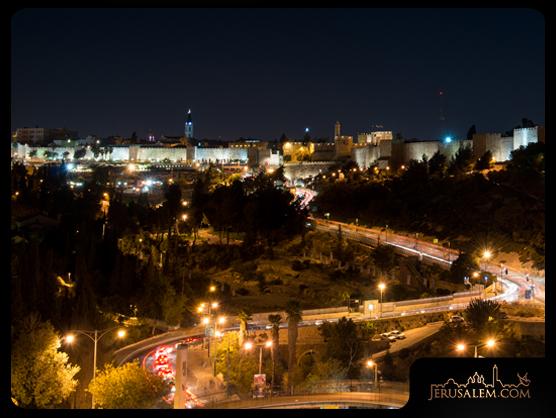 Jerusalem_old_city_panorama_5