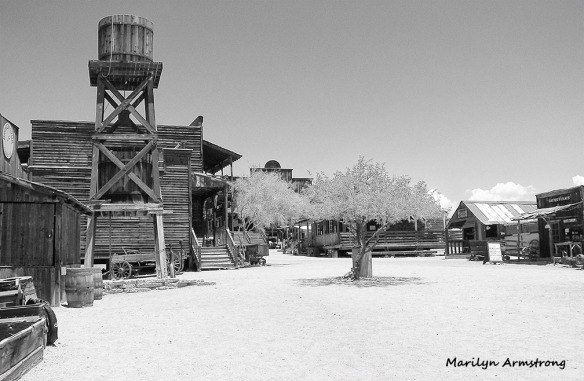 apache junction black and white