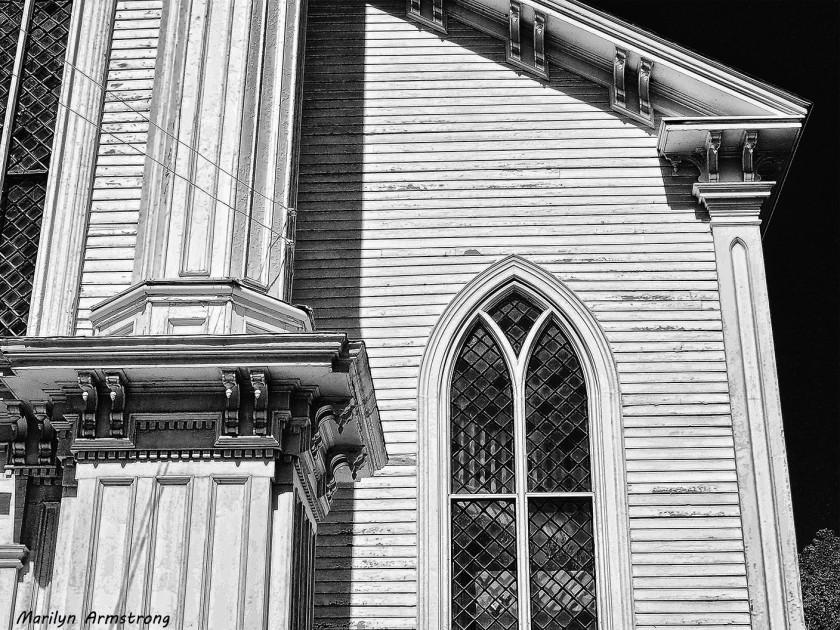 uxbridge steeple B & W