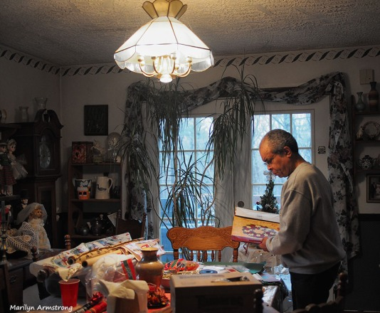 Garry wrapping christmas