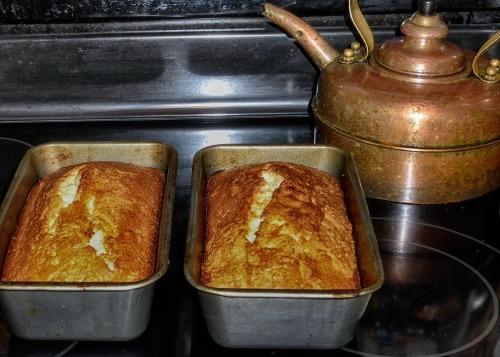 72-Pound-cake_08