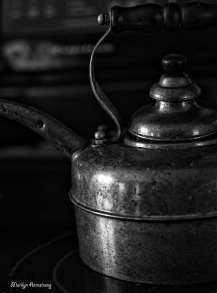 copper kettle BW kitchen