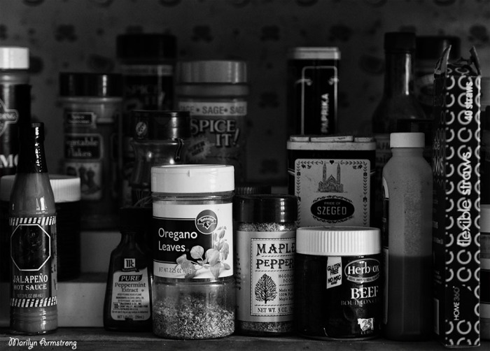 kitchen BW spices