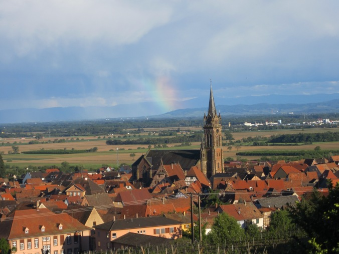 Seeing a rainbow over Germany from France