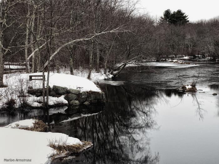72-Glow-Snowy River-032015_32