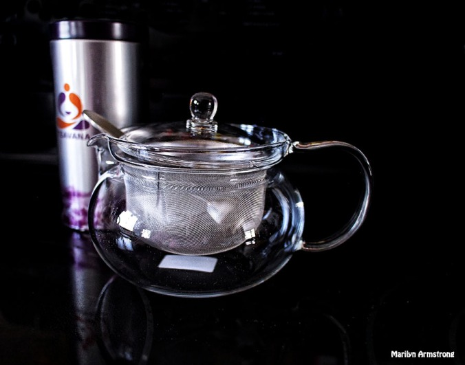 Tea pot and canister - 2