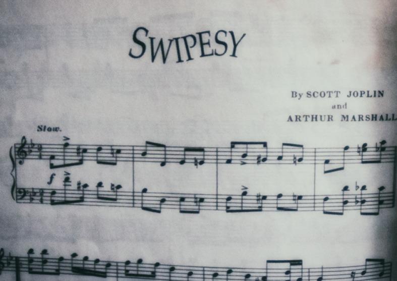 72-Swipesy-BW-Music-032015_05