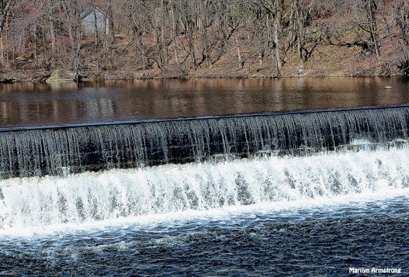 72-Uxb-Dam_137