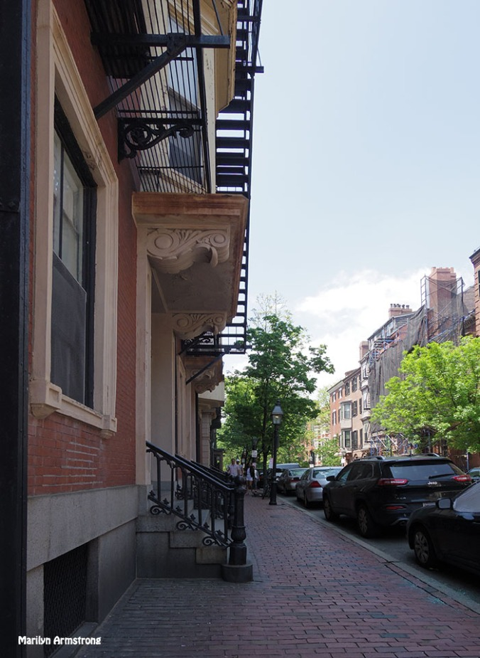 72-Beacon-Hill_023