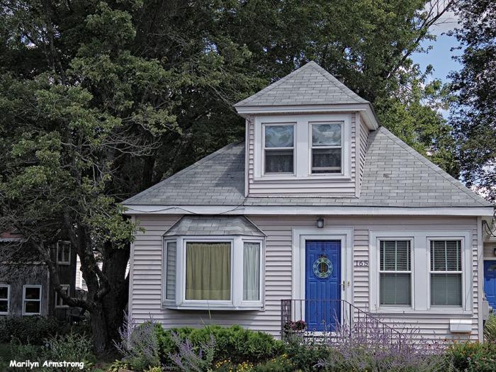 72-Blue-Door-Uxbridge-0807_011