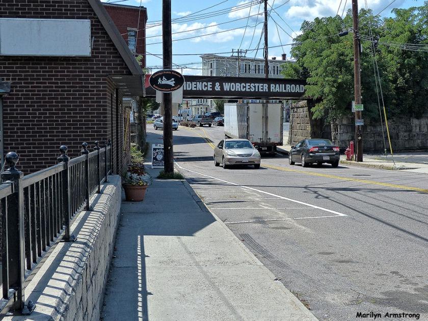 72-Downtown-Uxbridge-0807_210