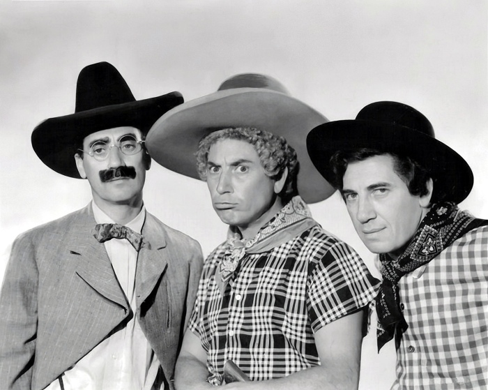 1940 Marx Brothers in Go West