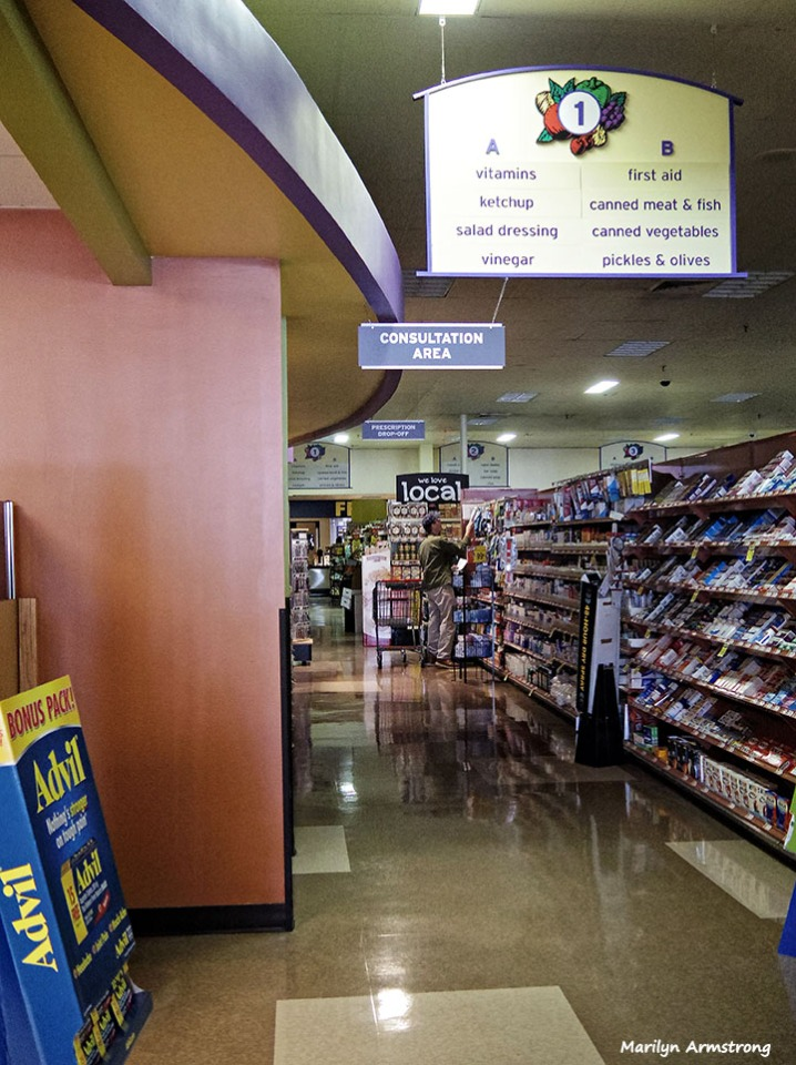 72-Pharmacy-Hannaford-Blackout-MA--1009_047