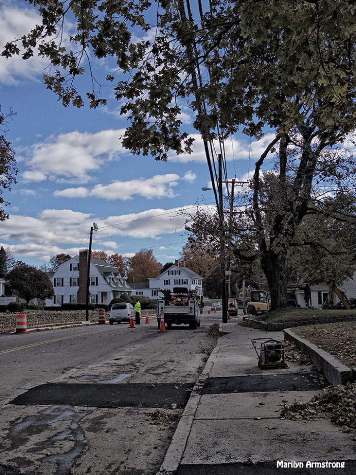72-Road-Work-Autumn-Uxbridge_002
