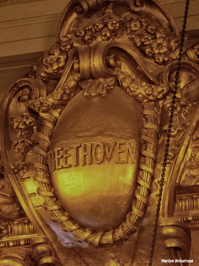Way up by the ceiling, Beethoven's name is engraved. A tribute to the composer from the architect. I can't see it except through my very long lens. Most people don't know it's there at all.