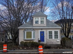 72-Iconic-House-Main-St-Uxbridge--120315_034