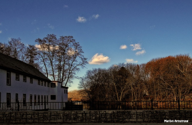 72-Nostalgic--November-Uxbridge-Dam_080