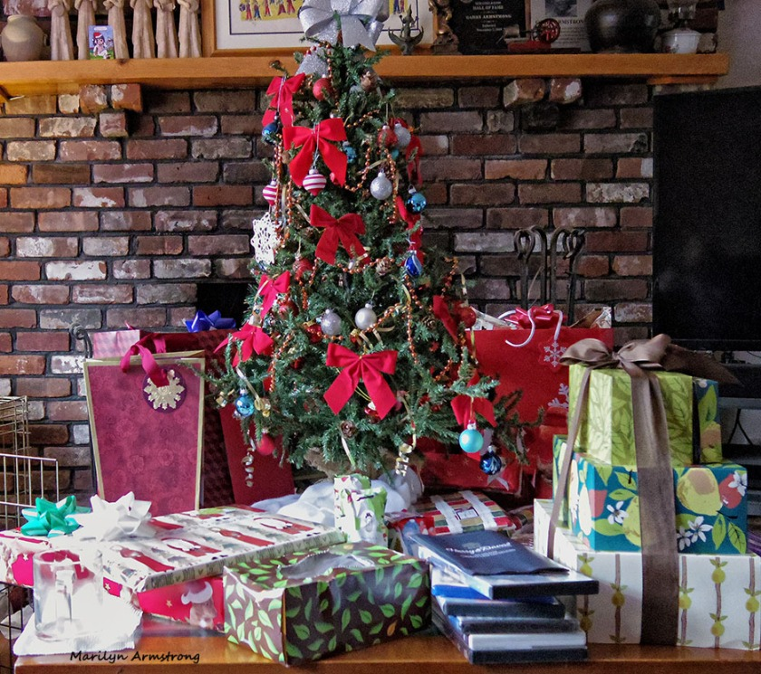 72-Tree-Christmas-Eve--122415_02