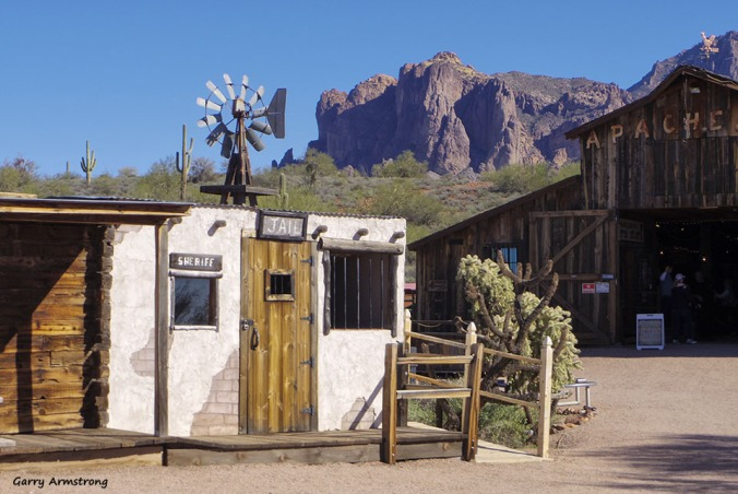 72-Apacheland-GAR-Superstition-011316_327