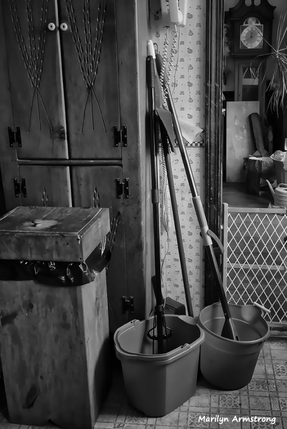 72-BW-Kitchen-Stills-031716_18
