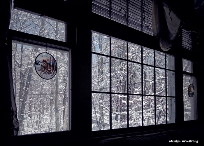 72-April-Snow-Window-040316_20