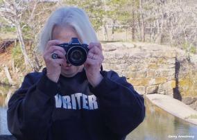 72-Marilyn at Canal-GA-042716_153
