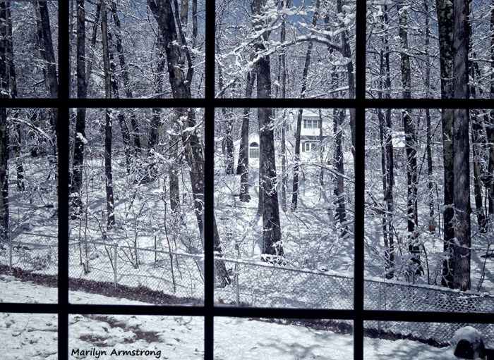 72-Window-April-Snow-040316_17
