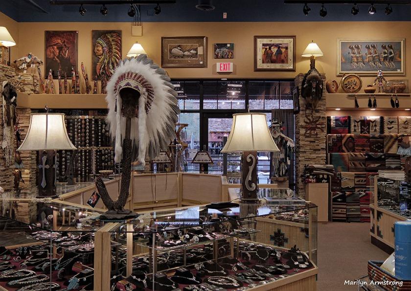72-Shopping-Outside-Phoenix-01082016_03