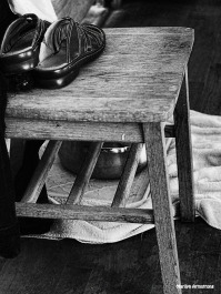 72-bw-chairs-081116_011