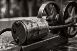 72-bw-steam-engine-080416_003