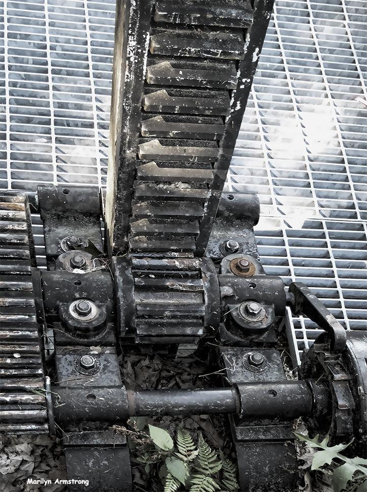 72-Gears-Locks-Canal-082216_05