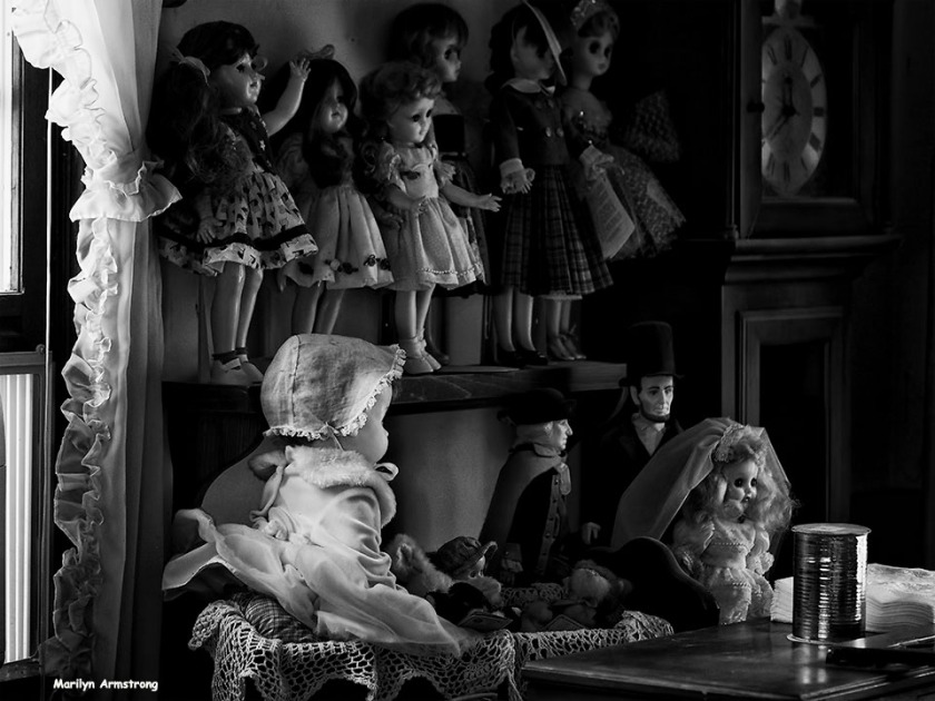 72-bw-old-dolls-dr-090516_03