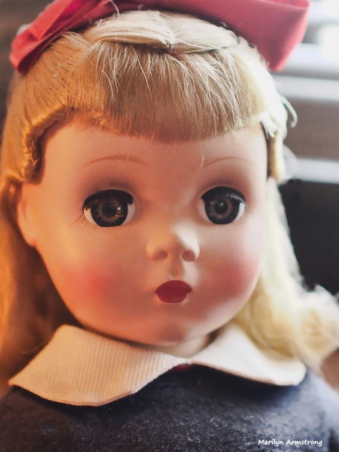 Annabelle - 1952, Mme. Alexander