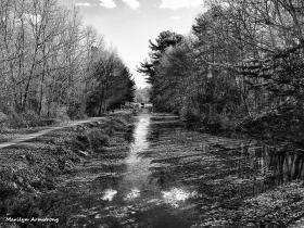 72-bw-blackstone-canal-uxbridge-110815_088