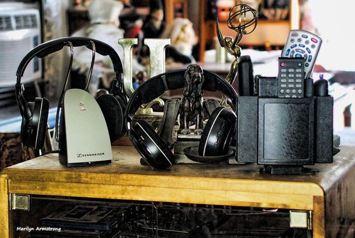 72-lr-technology-remotes-10062016_04